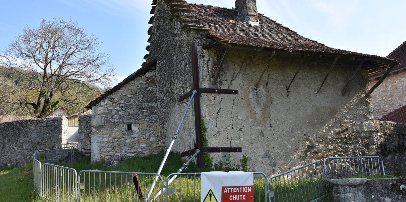 Restauration des Seidenraupenofens und der umgebenden Mauer der Maison d´Izieu mit der Fondation du patrimoine